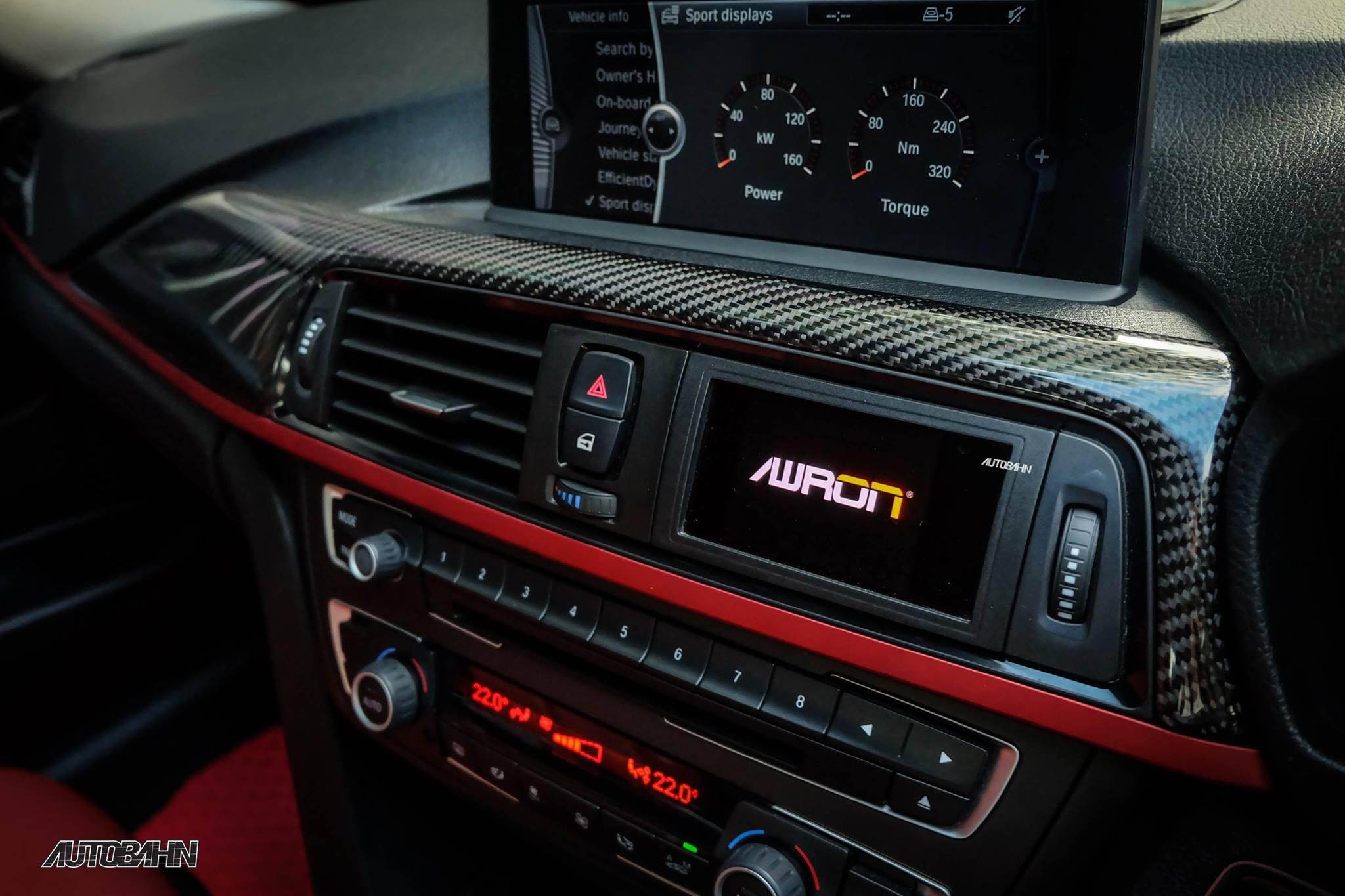 AWRON Performance gauge